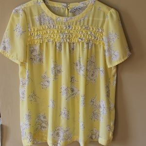 Super CUTE Spring Top Floral Print Size Small
